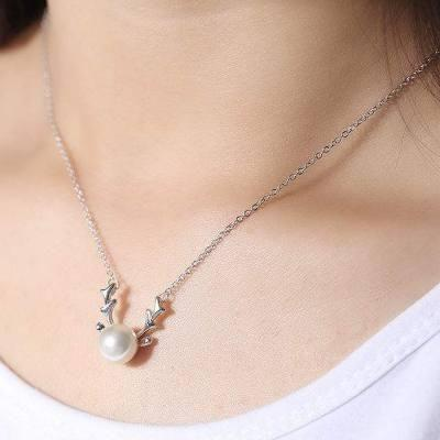 心理测试:4条珍珠项链,哪条戴显高贵?测你能把握手中的财富吗?