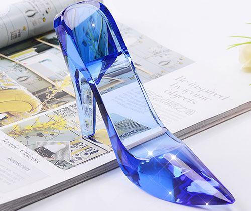 叶罗丽测试:选一双玻璃鞋,测你天生是什么范?我是仙女范