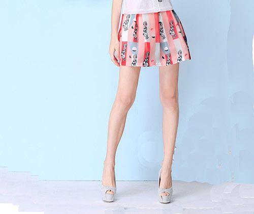 心理测试:选一款校裙,测你是同学眼中的哪种女孩?