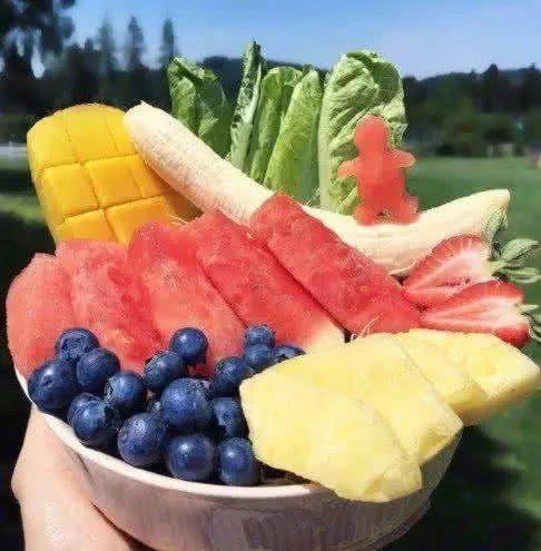 心理測試:4碗水果,哪碗最貴?測你何時才能擺脫貧窮!