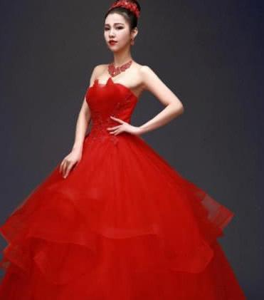 心理测试:4款红色婚纱,哪款最美?测你未来老公会不会心疼人